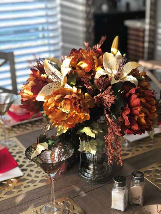 🍂🍁Fall arrangements on sale. 🍂🍁Contact us to order 🤩‼️...Patricia Gray