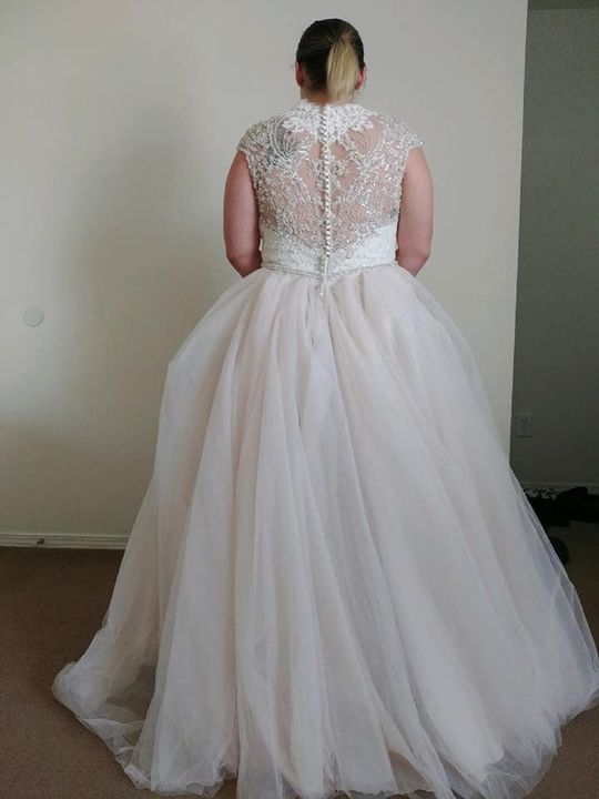 Photos from Wedding Alterations's post