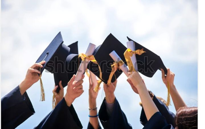 Congratulations to the Graduated class of 2021 from you friends at Kewaskum Floral