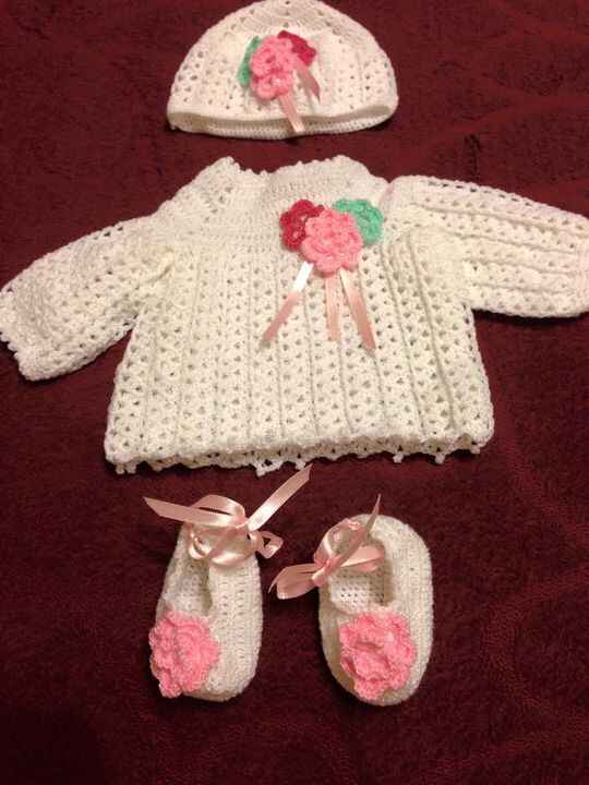 Hand knitted baby outfit. This will be the coming home outfit from the hospital. #knitted #baby #booties #outfit #babygi...